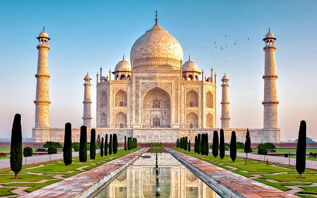 10 Best Places to Visit in North India for Foreign Travelers